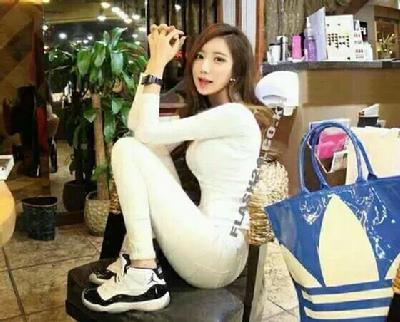 韩国最美体育女教师