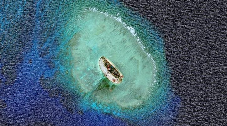 越南在南沙岛礁非法填海造地